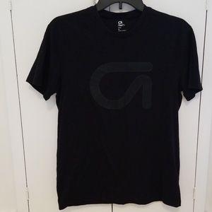 Gapfit black tshirt